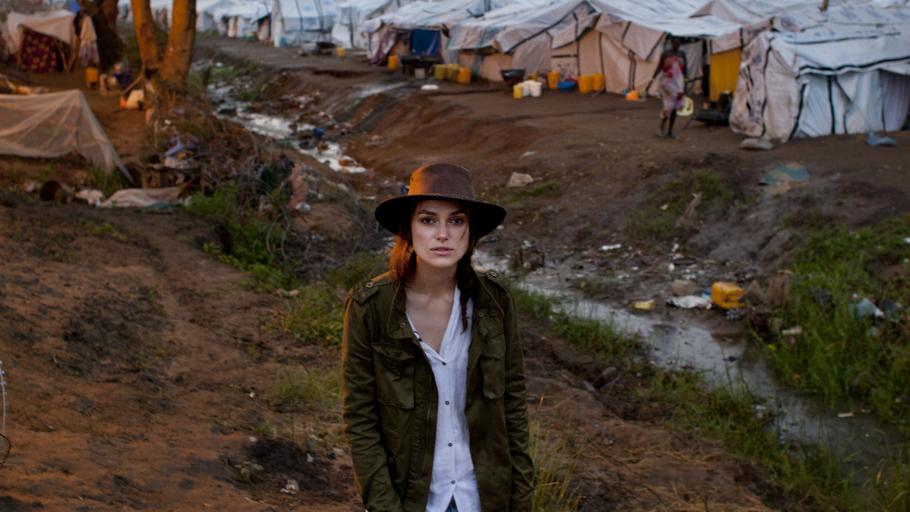 Keira knightley besucht den s dsudan for Oxfam spenden