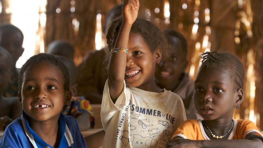 Privatisierung der bildung l sst sich ein menschenrecht for Oxfam spenden