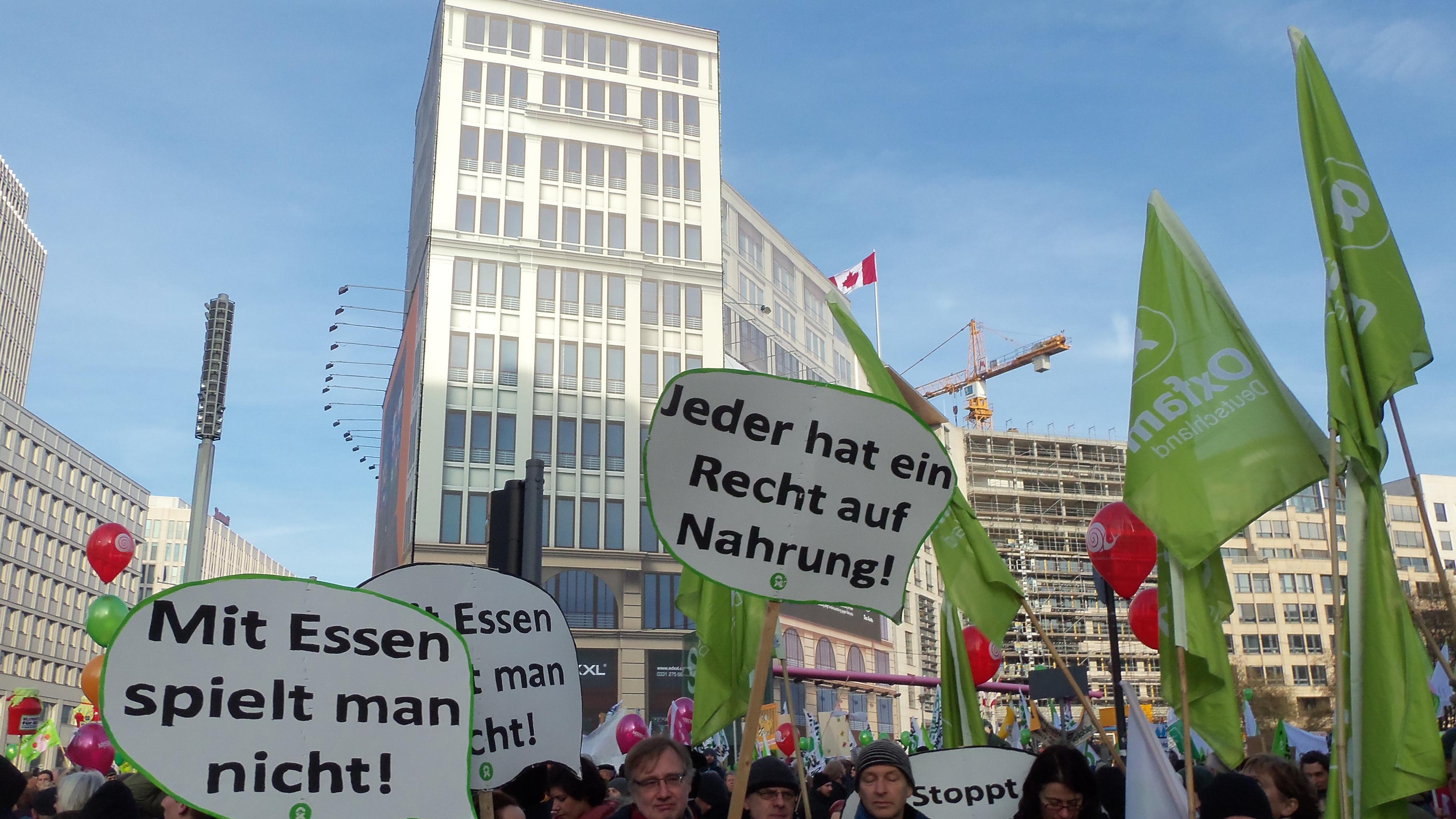 """Wir haben es satt!"" 30.000 Demonstrant/innen zogen durch Berliner Innenstadt"