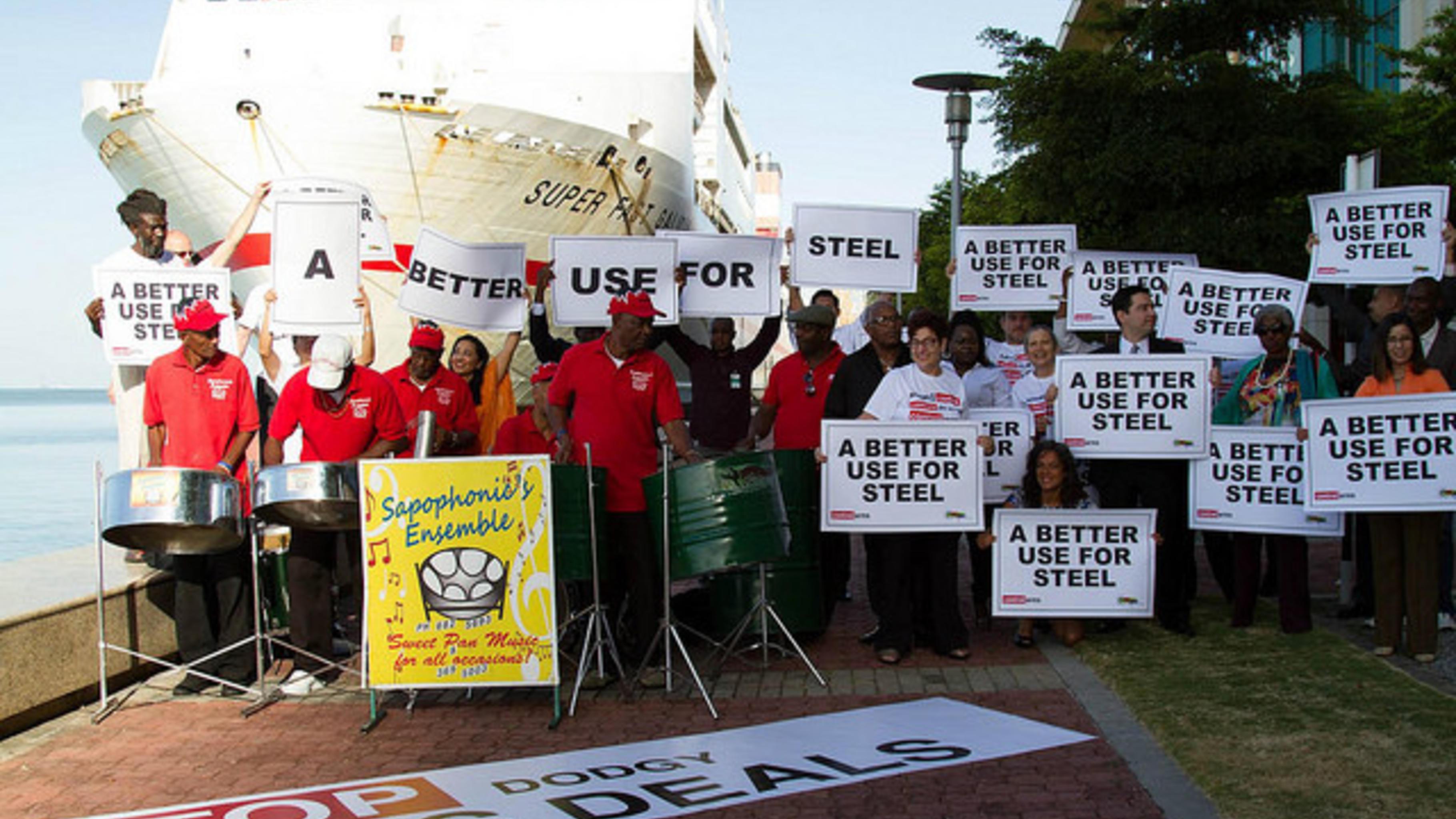 Control Arms trommelt in Port of Spain für starkes Waffenhandelabkommen (ATT)