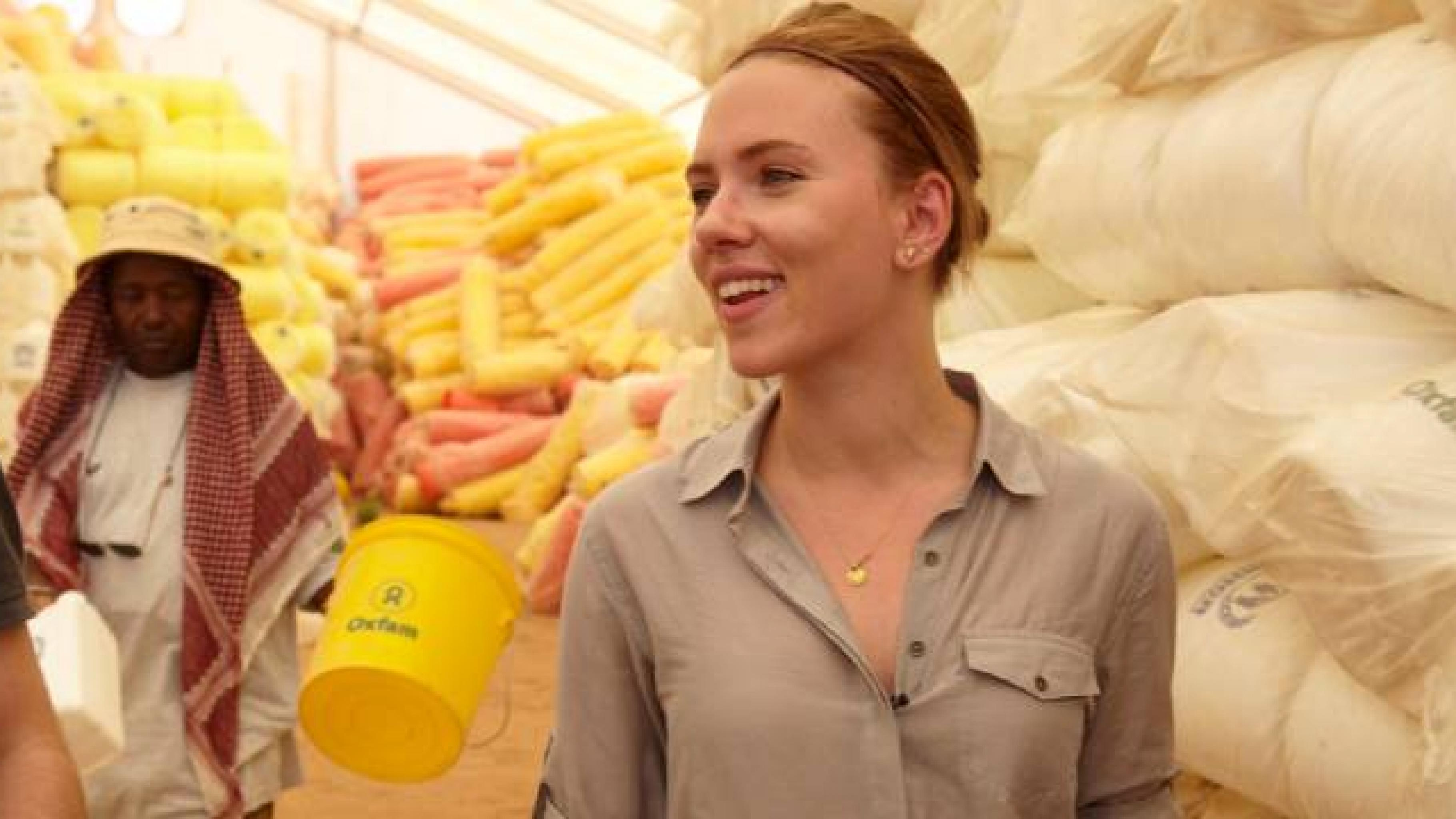 Scarlett Johansson besucht ein Flüchtlingscamp