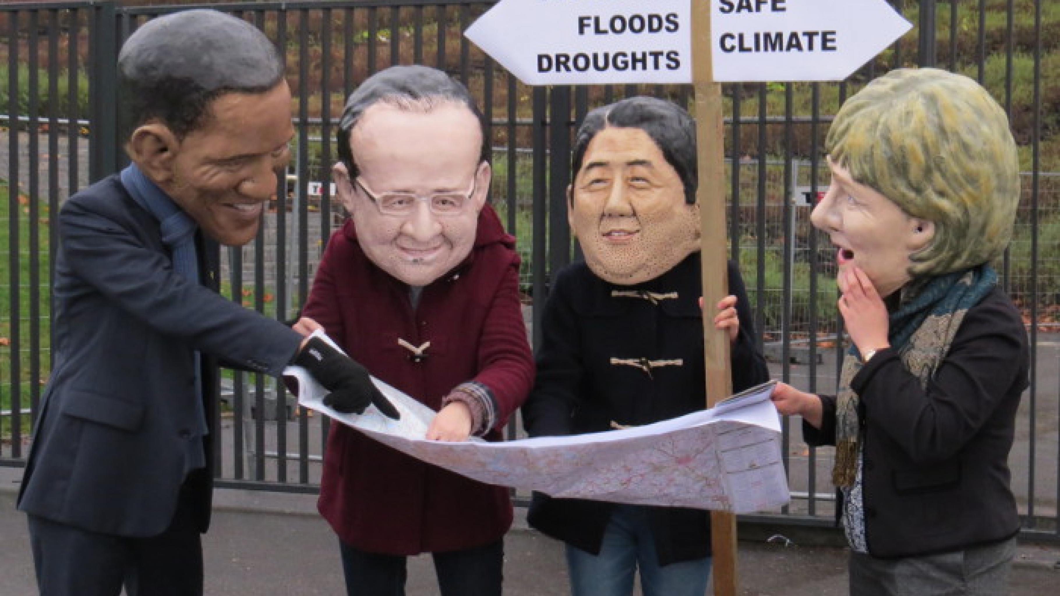 Big Heads: Obama, Hollande, Abe und Merkel diskutieren über den richtigen Weg.