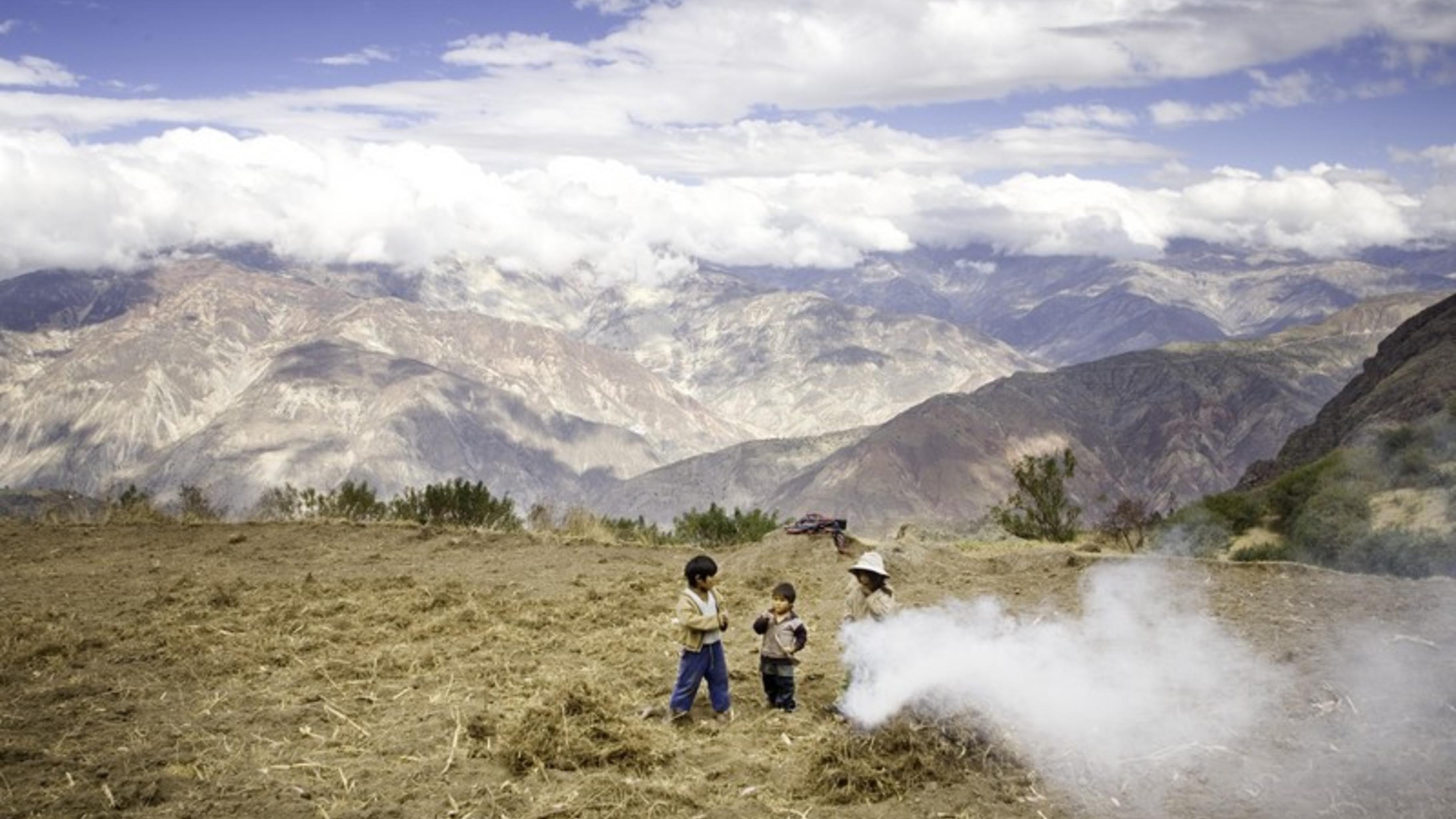 Diese Kinder aus Khapi am Fuße des Illimani-Gletschers.
