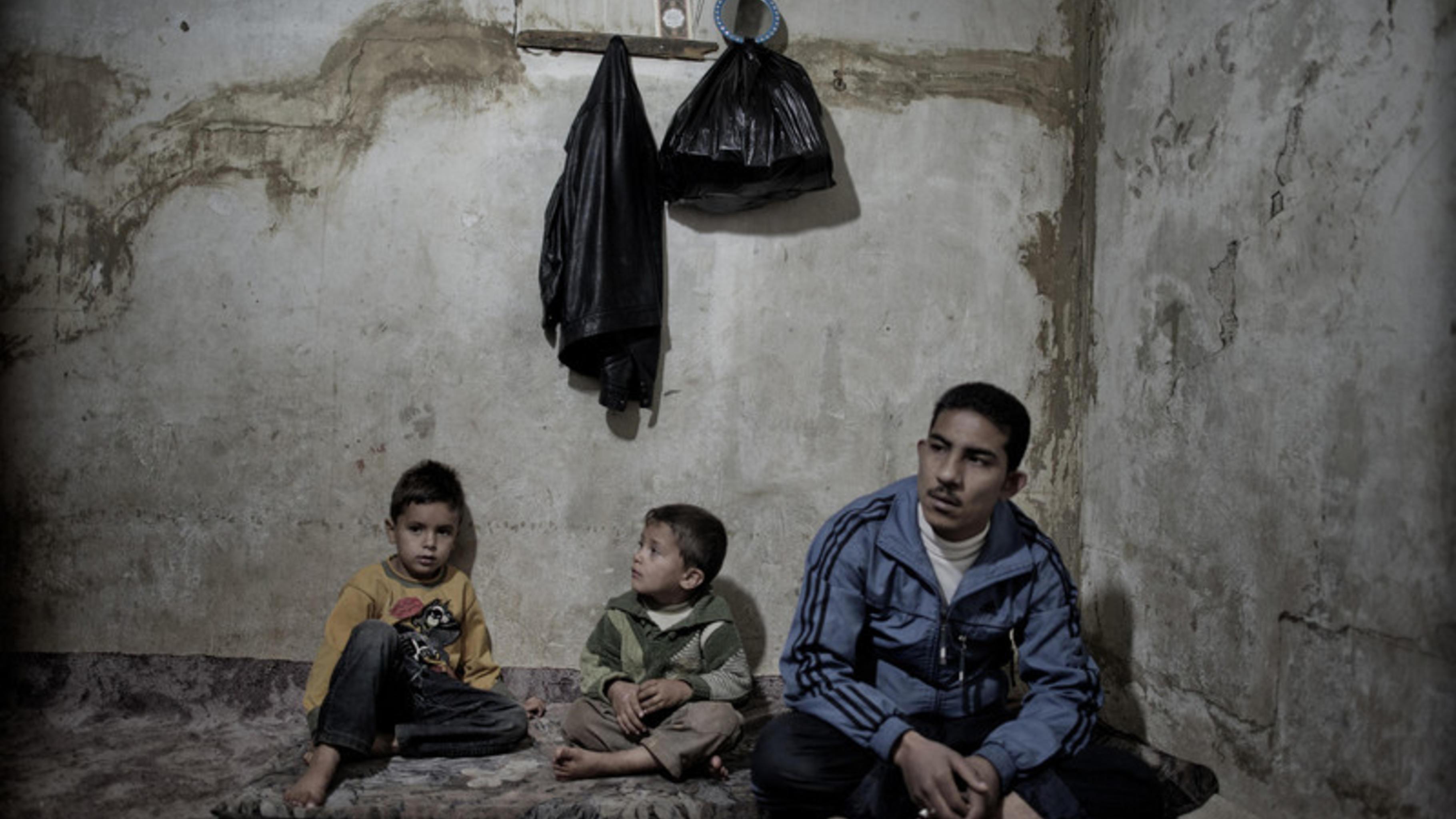 fl chtlingskrise in syrien. Black Bedroom Furniture Sets. Home Design Ideas