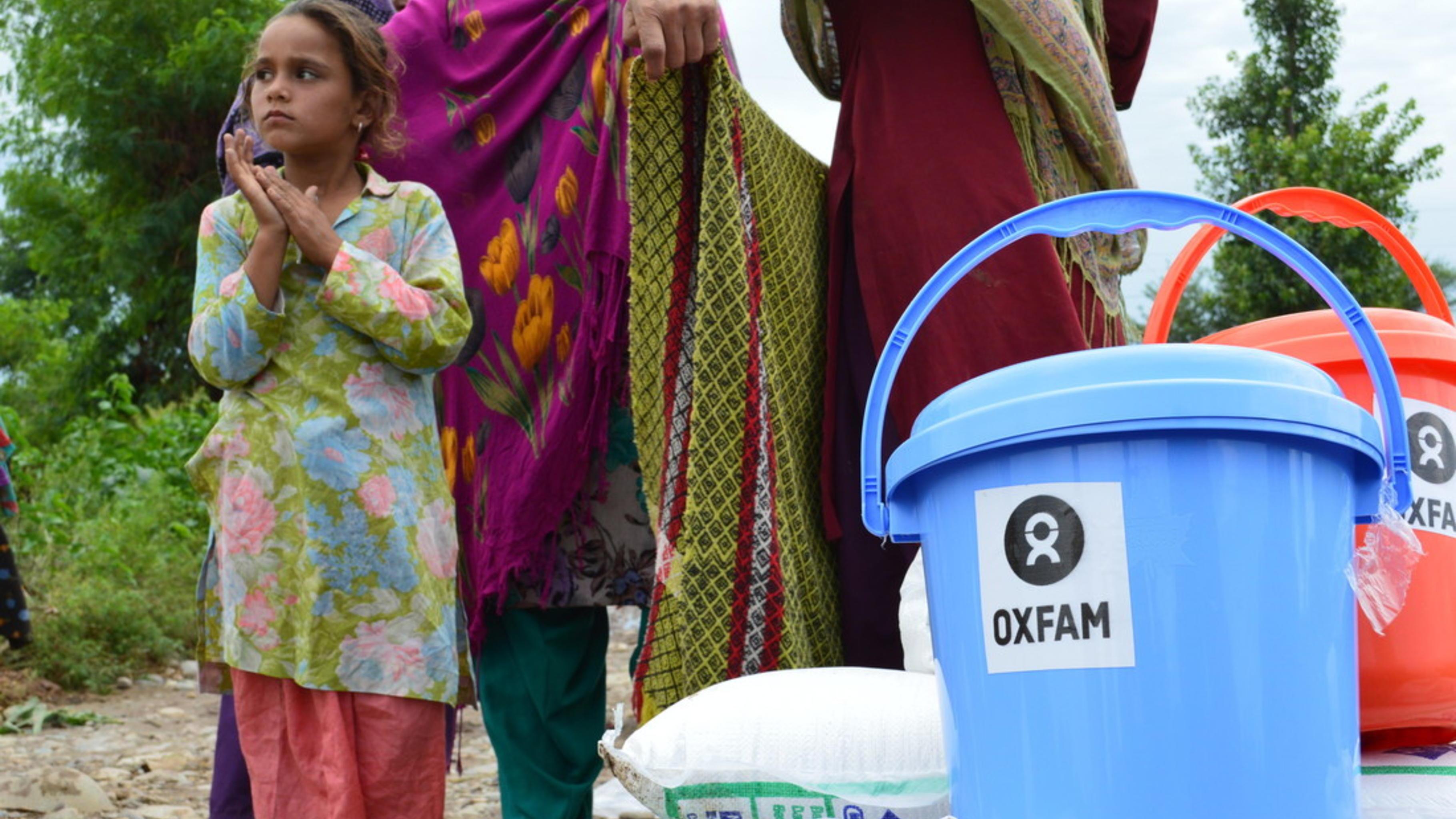 Berschwemmungen in kaschmir oxfams nothilfeeinsatz for Oxfam spenden