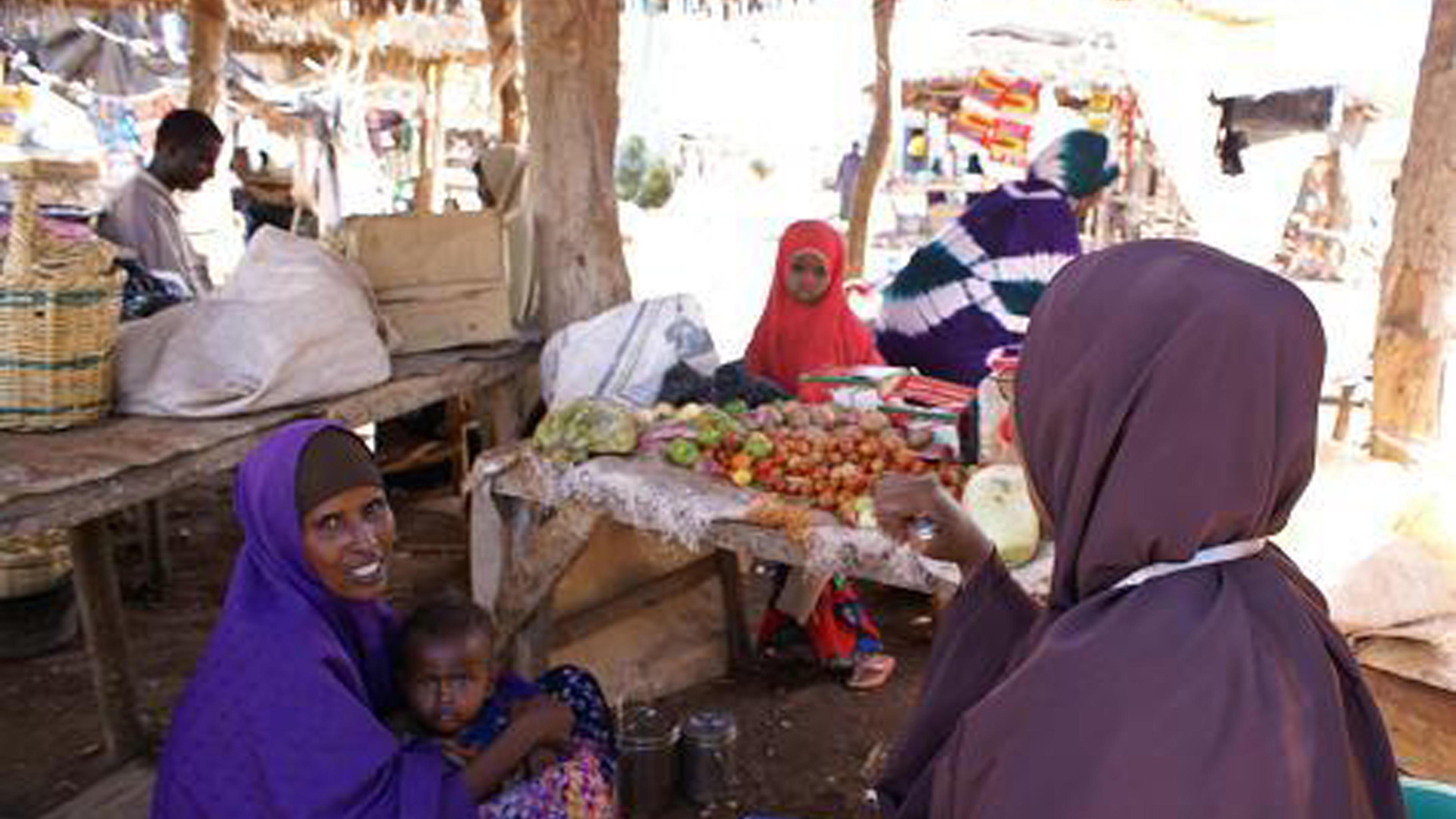 Foto: Frauen auf dem Markt