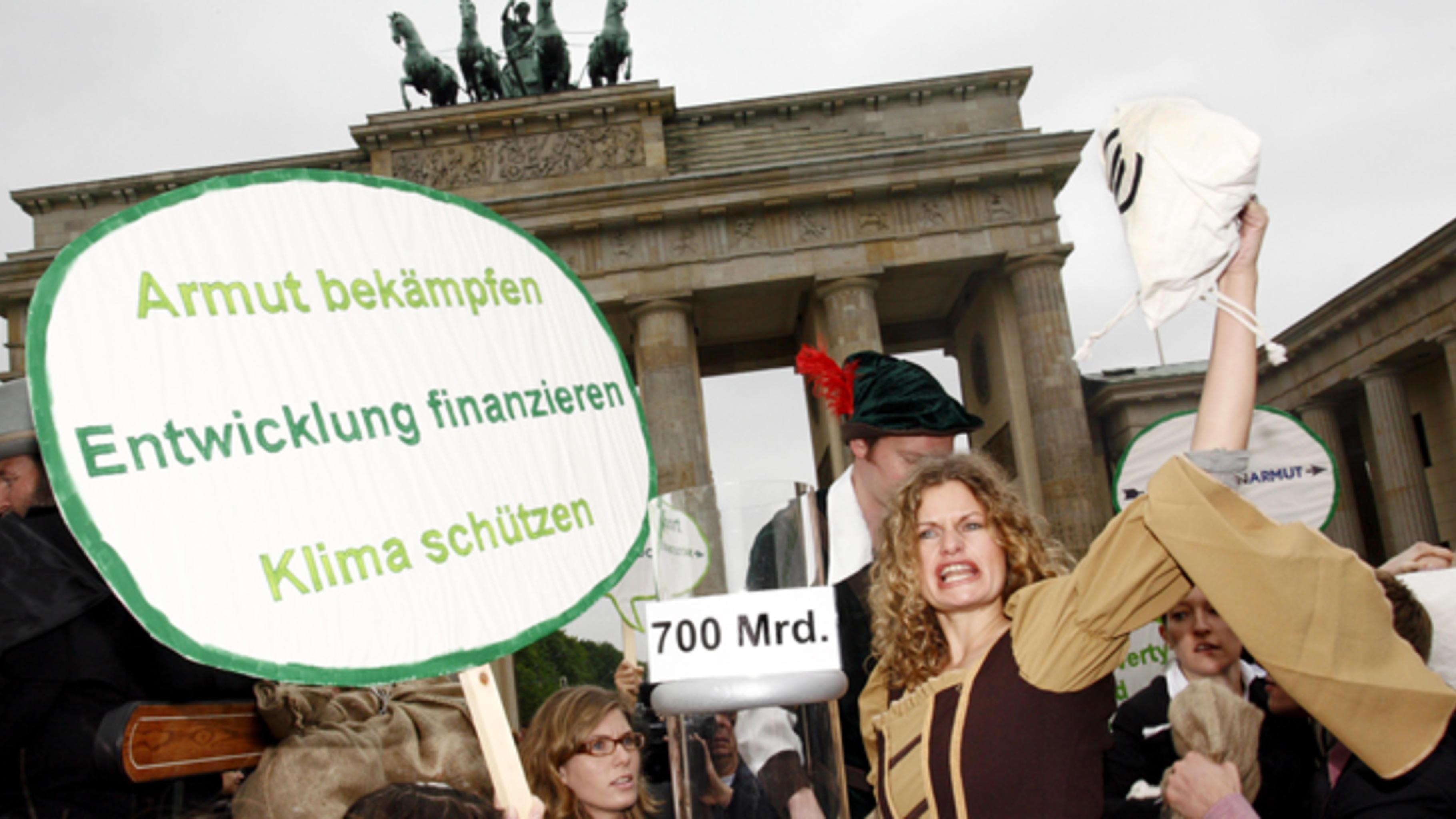 Foto: Aktion zur Robin Hood-Steuer