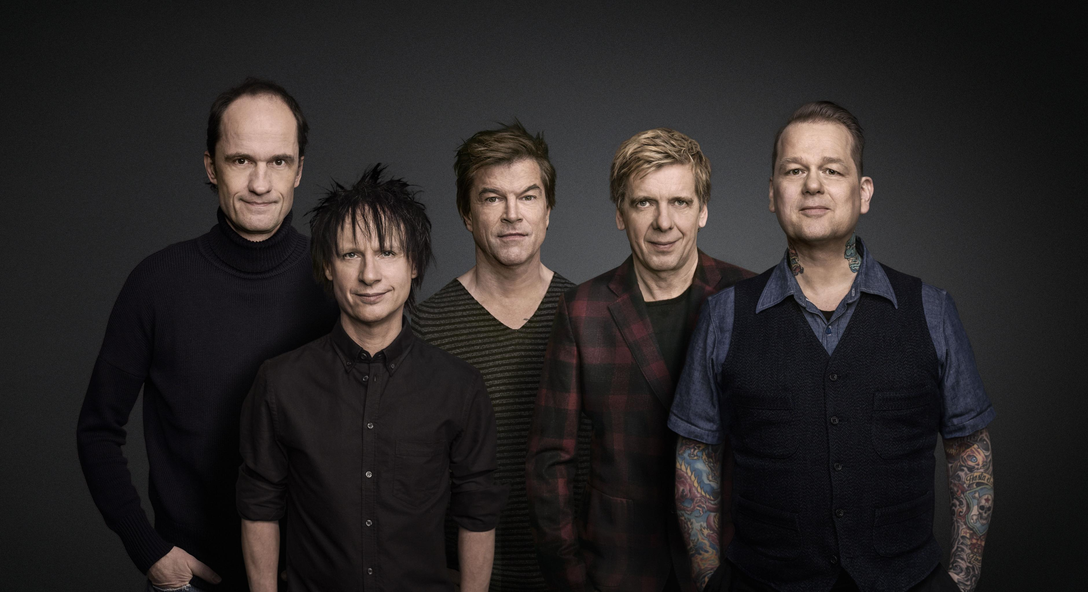 Die Toten Hosen mit Oxfam on tour
