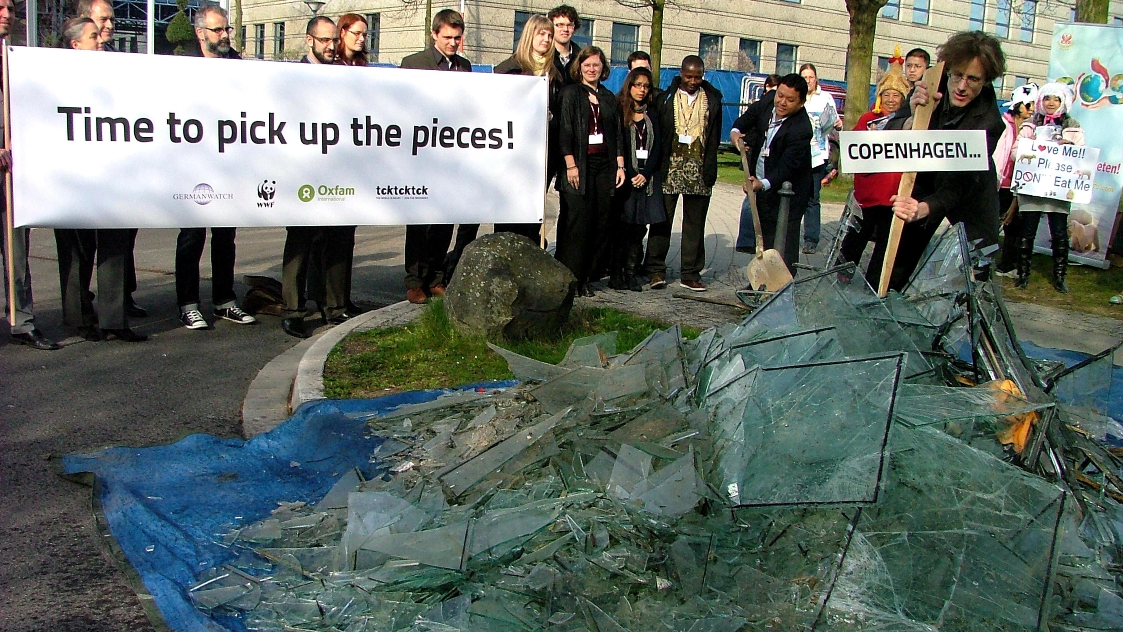 Foto: Foto-Stunt bei den UN-Klimaverhandlungen in Bonn
