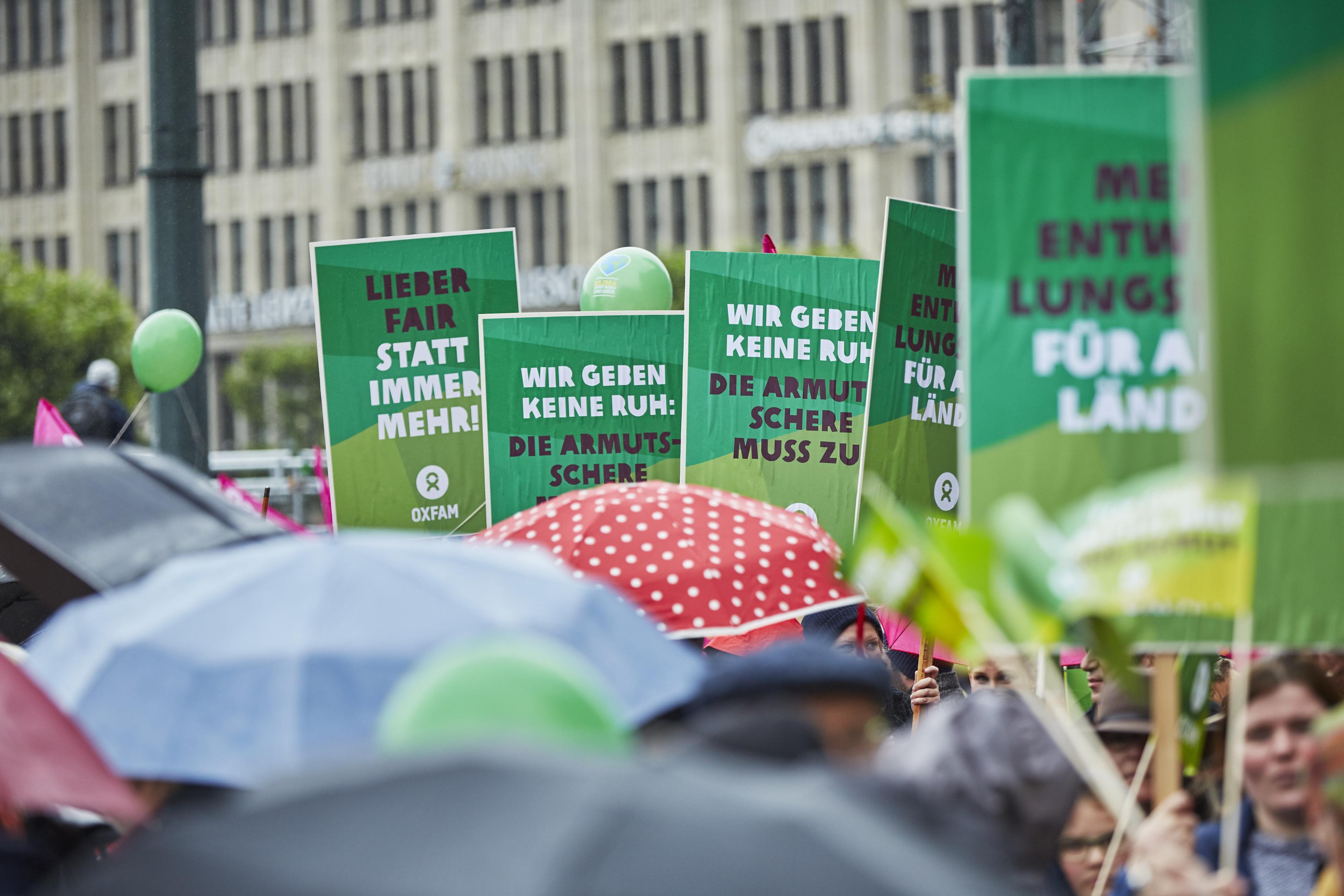 Banner der G20 Protestwelle in Hamburg