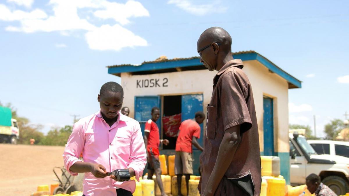Verteilung von Bargeld mit dem Hunger Safety Net Programme
