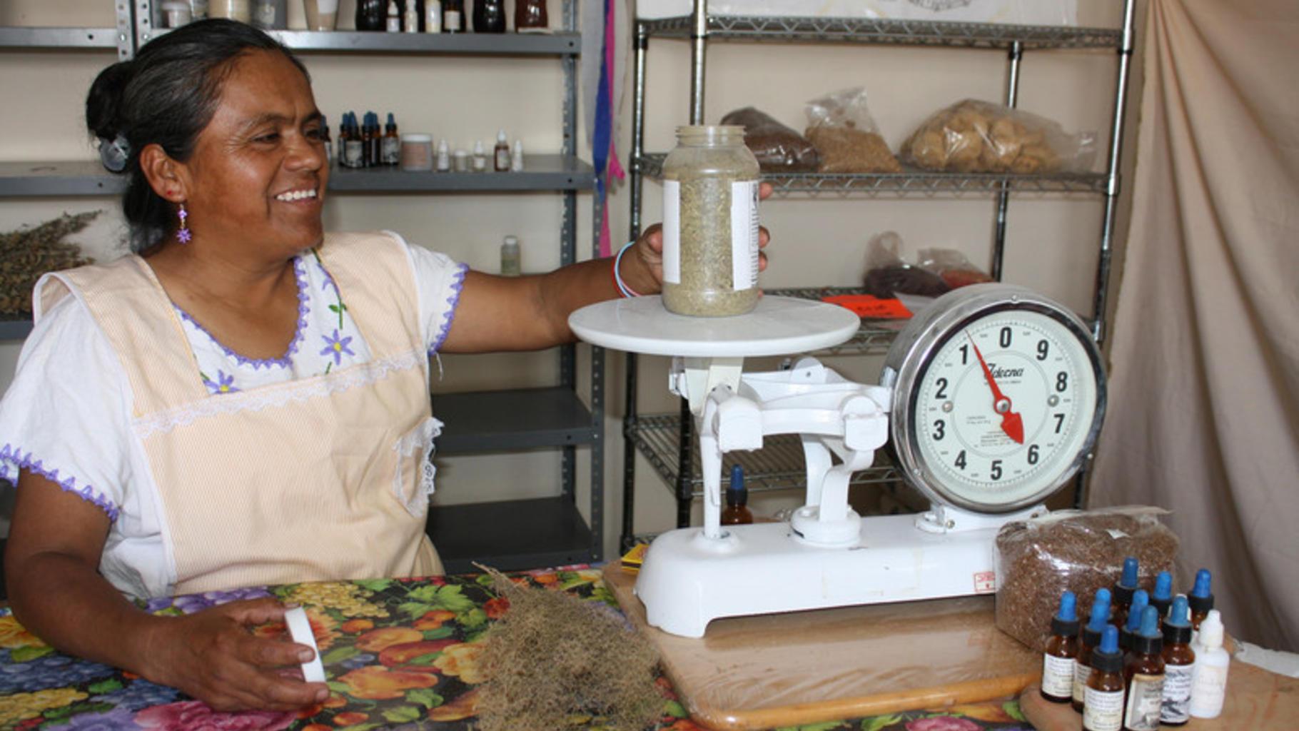 Julia Flores Carrera berichtet von steigenden Preisen - wegen der schlechten Ern
