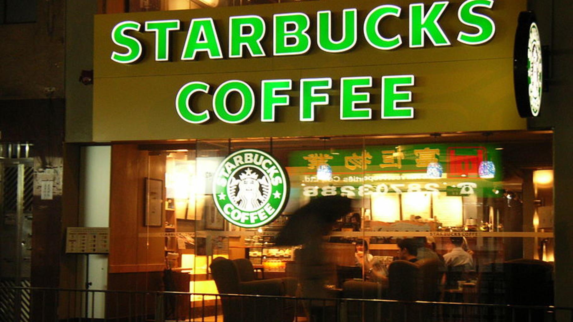 Foto eines Starbucks Cafés