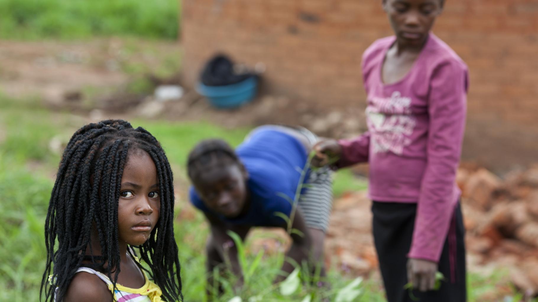 Sharai und ihre Schwestern in Simbabwe