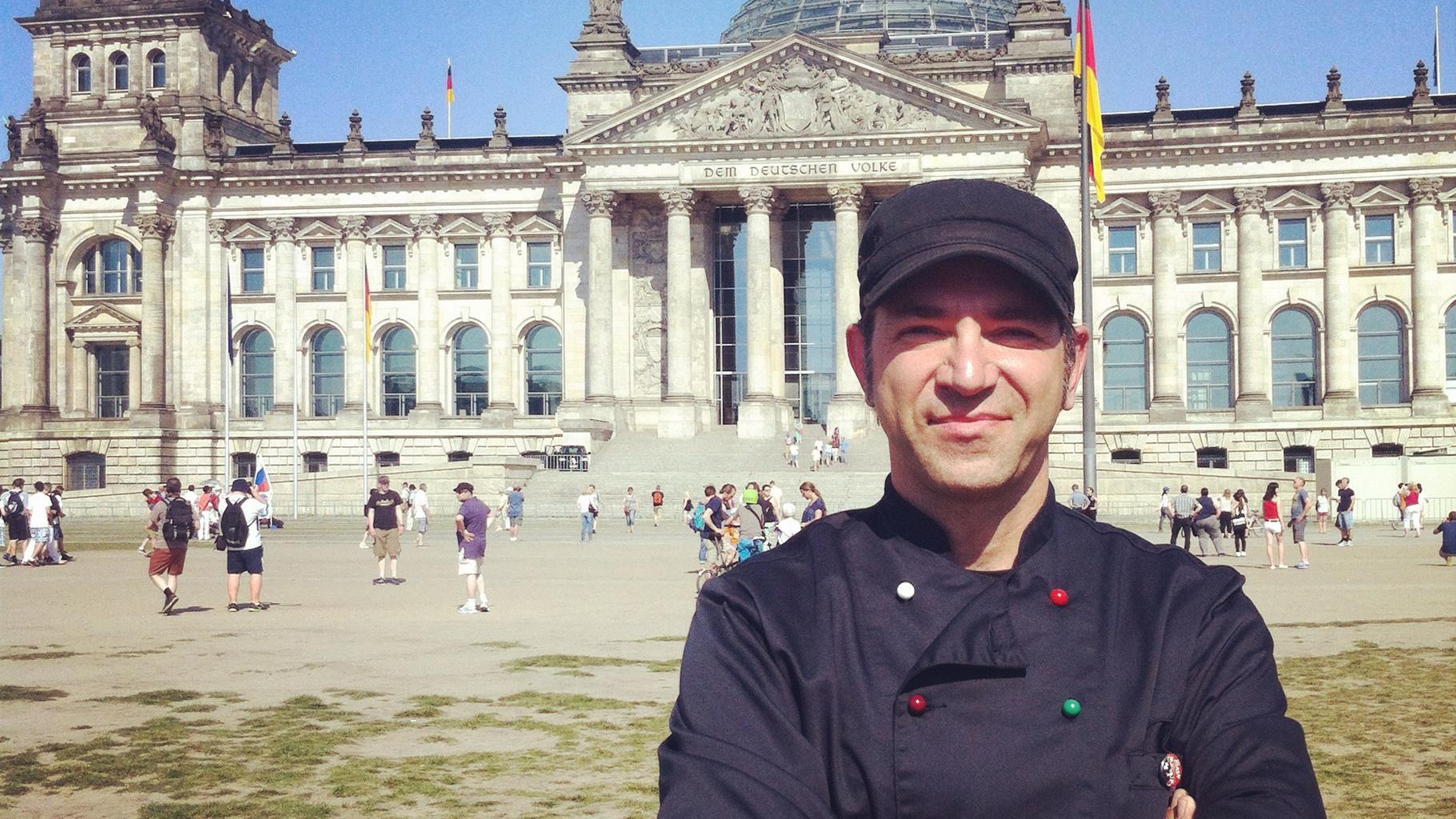 Ole Plogstedt vor Reichstag