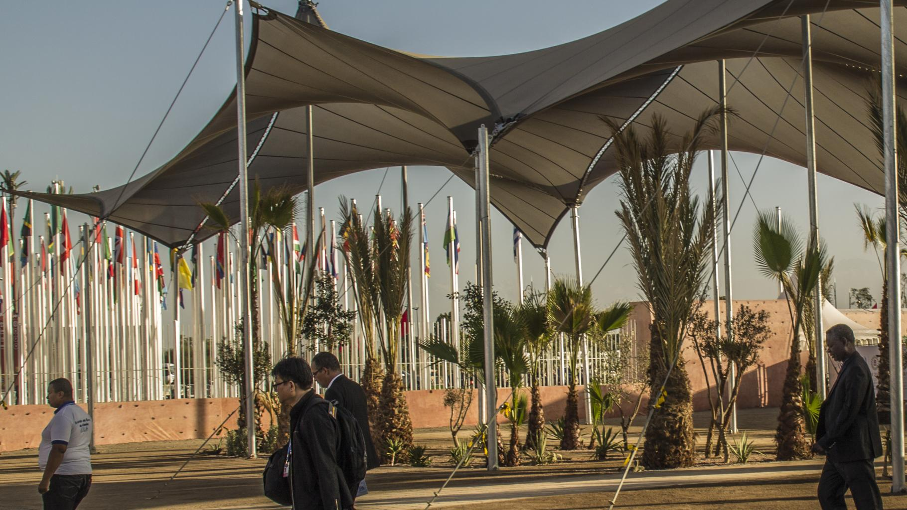 Ein Pavillon in der Abendsonne: Delegierte reisen ab