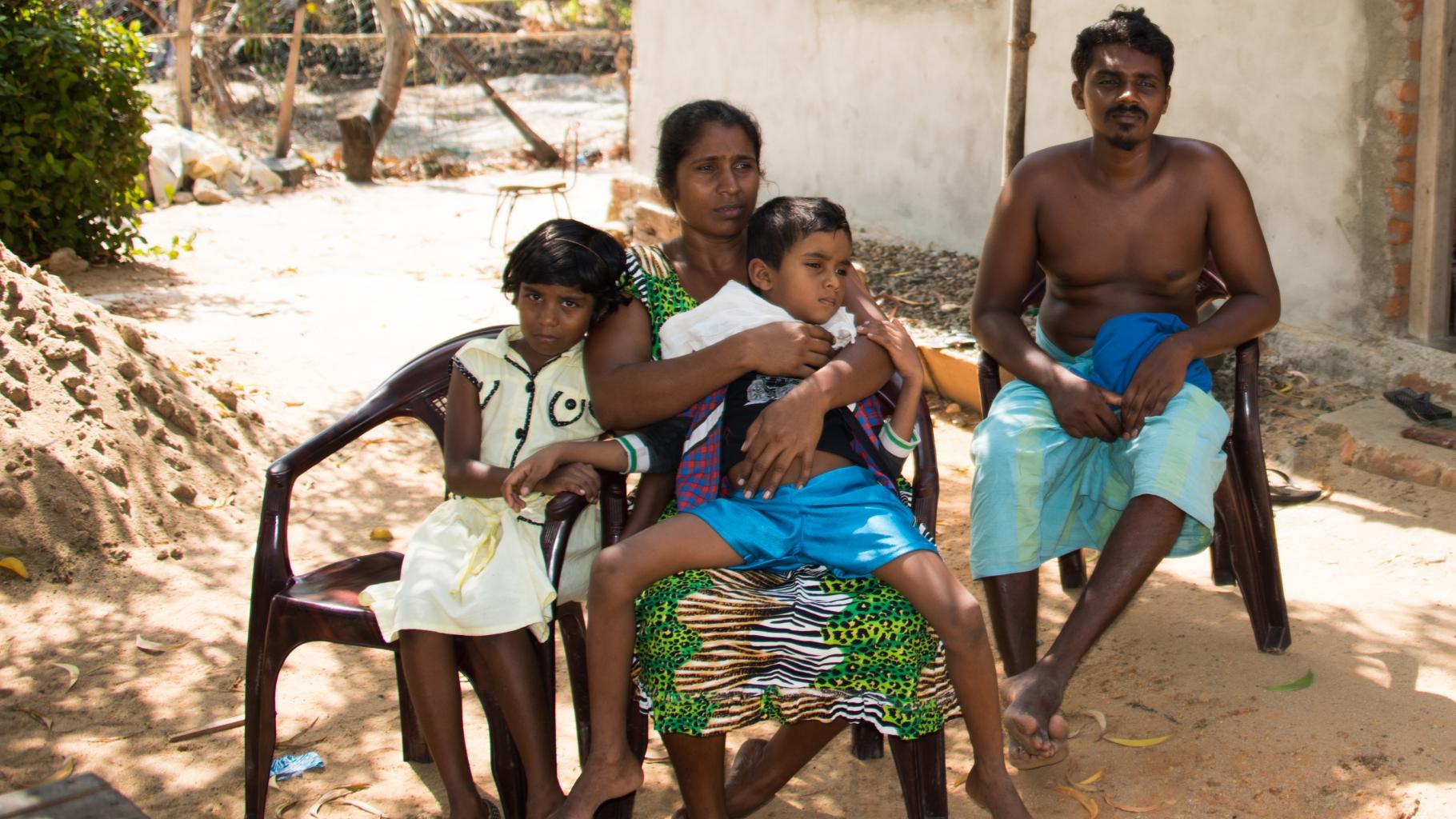 Rathnamali Kariyawasam und ihre Familie