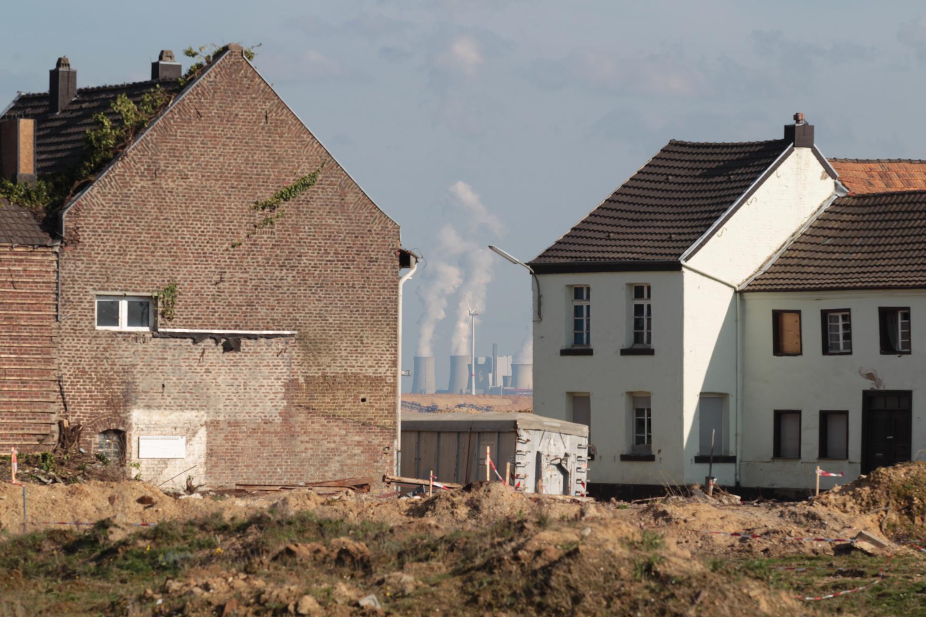 Das Dorf Borschemich in der Nähe des Braunkohletagebaus Garzweiler muss der Braunkohleförderung weichen.
